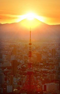 ダイヤモンド富士:ルビーのような夕日 東京タワーから