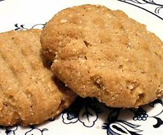 Christmas Cookies for Diabetes?  These low carb peanut butter cookies will become a favorite recipe for those with diabetes as well as those avoiding flour, gluten, and added sugar.  http://diabetes.answers.com/diet-and-recipes/miracle-low-carb-peanut-butter-cookies-flourless-gluten-free-and-delicious    Miracle Low Carb Peanut Butter Cookies; Flourless, Gluten Free, and Delicious! - Diabetes.Answers.com