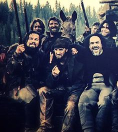 Tom Hardy with Leo DiCaprio and director Inarritu on the set of The Revenant