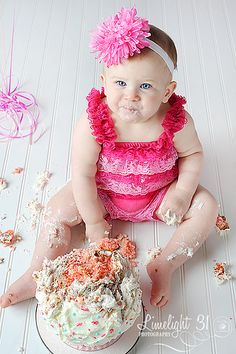 headband like this but in aqua for upcoming cake smash... my first!!