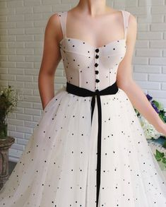 Dua Polka Dots Gown - Dua Polka Dots Gown – Teuta Matoshi Source by theflamingobride - Elegant Dresses, Pretty Dresses, Vintage Dresses, Evening Dresses, Prom Dresses, Formal Dresses, Special Dresses, Wedding Dresses, Summer Dresses