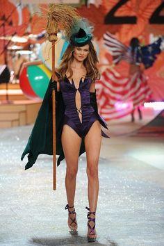 Victoria's Secret Fashion Show 2012♡