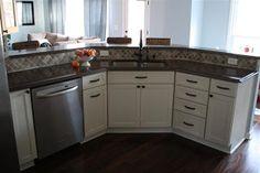 shaker-style white maple cabinets