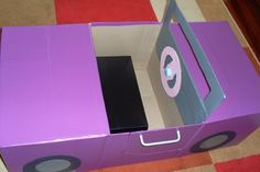 Also see cardboard box ideas for safari jeep Crafts For Teens, Projects For Kids, Diy For Kids, Preschool Projects, Cardboard Car, Cardboard Box Crafts, Diy Box, Childcare, Crates