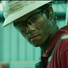 DYLAN O BRIEN WT!!!!!! On September 30, glimpse into the unseen world behind the global disaster on board the Deepwater Horizon. Watch Dylan O'Brien in the moments before the devastating blow on the DEEPWATER HORIZON. In theaters September 30.