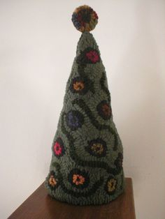 PrimiTive Folkart Penny Tree Hooked Rug Pattern LJO Collection Collectible on Etsy, $12.89 CAD