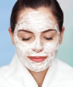 Masque à l'argile blanche pour les peaux sensibles