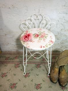 Vintage White Wooden Vanity Chair - Retro Kidney Shaped Boudoir ...