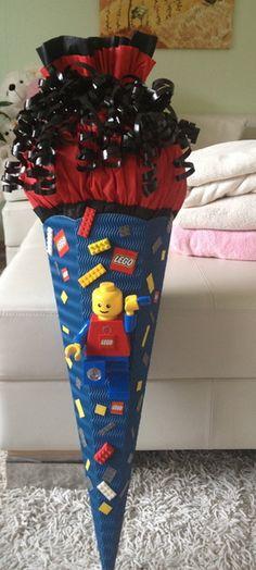 SCHULTÜTE Junge ;-) mit echter Taschenlampe von lena14-94 auf DaWanda.com