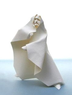 Figure-2007, Giang Dinh, contemporary paper folding, origami, figurative art, http://giangdinh.com/giang/fold_faces.html