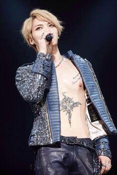 131219 Royal Sunday Korea Update: Custom Made Jacket for Jaejoong's Osaka Concert Beautiful Voice, Beautiful Boys, Hello Gorgeous, Ban Ryu, Korea Update, Hallyu Star, Kim Jae Joong, Jaejoong, Ji Chang Wook