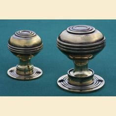 Brass Door Knobs Bloxwich Georgian Large. An original Georgian design, available from Priors.  http://www.priorsrec.co.uk/brass-door-knobs-bloxwich-georgian/p-3-22-23-55