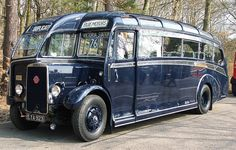 1939 Cheetah LZ5 — Leyland I can't tell is this is one bus or two parked closely together. I'd like to see another view from a different angle.
