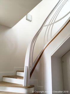 Echelle et mezzanine design, l'art du confinement Mezzanine Design, Design Art Nouveau, Escalier Design, Stairs, Mozart, Piano, Home Decor, Cabinet, House Staircase