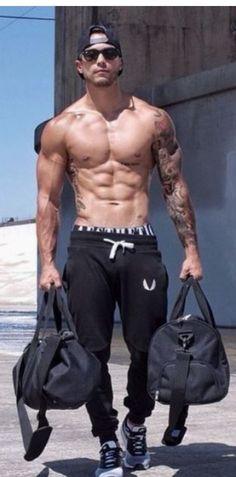 Sport style a moda fitness nunca esteve tão em alta фитнес мужчины, мужчины Moda Fitness, Style Fitness, Fitness Fashion, Fitness Sport, Muscle Fitness, Sport Style, Gym Style, Style Men, Fitness Inspiration