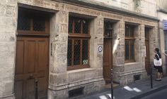 Where to find the oldest house in Paris?