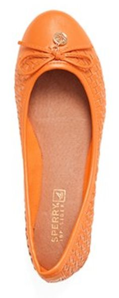 Sperry Top-Sider ballet flats  http://rstyle.me/n/humrdpdpe