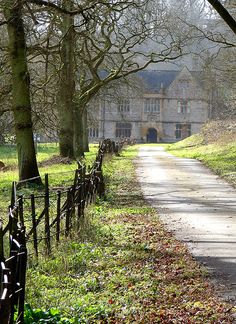The approach, Newton Surmaville House, Yeovil | Flickr - Photo Sharing!
