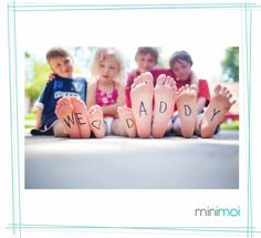 Dad will be tickled pink with this fun Father's Day photo card idea. Use your ids feet to spell out a special Father's Day message. Fathers Day Photo, Cool Fathers Day Gifts, Fathers Day Crafts, Father Photo, Quando Eu For Pai, Children Photography, Family Photography, Photography Ideas, Kind Photo