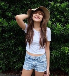 Acquire amazing hair care tips. Outfits For Teens, Trendy Outfits, Summer Outfits, Fashion Outfits, Girly Outfits, Filipina Beauty, Filipina Actress, Filipino Fashion, Celebs