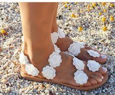 Women Sandals Bohemia Style Summer Shoes For Women Flat Sandals Beach Shoes 2019 Flowers Flip Flops Plus Size Chaussures Femme Coachella, Boho Sandals, Women Sandals, Flat Sandals, Flat Shoes, Shoes Women, Women's Shoes, Pearl Sandals, White Sandals