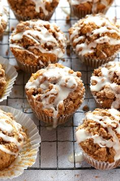Easy, bakery-style cinnamon streusel apple muffins, packed with fresh, tart apple, and topped with a brown sugar crumb and vanilla glaze. Apple Dessert Recipes, Apple Recipes, Easy Desserts, Baking Recipes, Health Desserts, Pumpkin Dessert, Health Foods, Chili Recipes, Apple Streusel