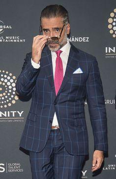 Un irreconocible Alejandro Fernández anuncia su nuevo y ambicioso proyecto
