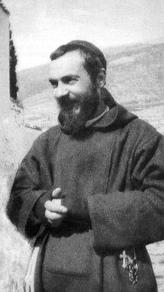 The Photo Album of Padre Pio - Ca Đoàn Thánh Tâm Forum