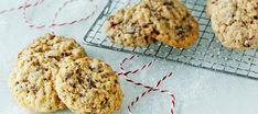 Kauraiset suklaakeksit | Makeat leivonnaiset | Reseptit – K-Ruoka Cookies, Baking, Desserts, Food, Crack Crackers, Tailgate Desserts, Deserts, Biscuits, Bakken