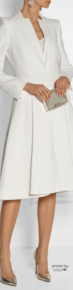 ~ All Things {WHITE} ~ *ALEXANDER MCQUEEN A-line crepe coat | LOLO❤︎