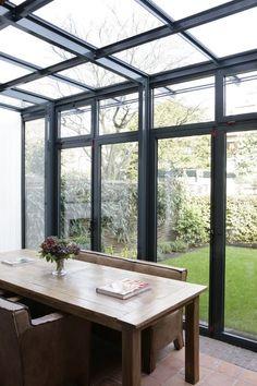 Conservatory Kitchen, Conservatory Design, Terrace Design, Loft Design, House Design, Garden Room Extensions, House Extensions, Extension Veranda, Small Courtyard Gardens