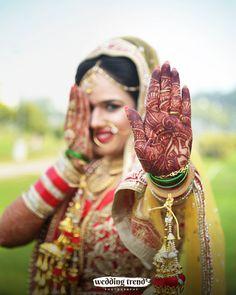 #wedding #indian #bride #portrait #mehndi #traditional #bangle #photography #candid #bestphotographerinchandigarh #mohali #panchkula #tricity #punjab #uk #mumbai #delhi #moradabad #canada #weddingportraits #weddingday #weddingwire #weddingtrends #photography