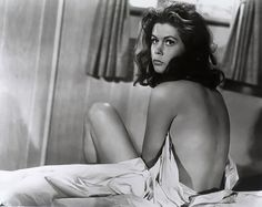 I wanted to be her SO bad when I was little! #elizabeth #montgomery #bewitched