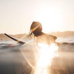 A healthy breakfast!   Klaus Carson @klauscarson #GIRLSURFNETWORK #sunrise #surf #surfing