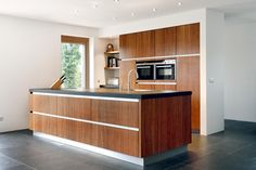 A durable and sustainable kitchen made of MOSO® Bamboo products offers several advantages compared to other materials and will last for years. Kitchen Worktop, Kitchen Cupboards, Kitchen Colors, Kitchen Design, Moso Bamboo, Common Area, Apartment Interior, Home Look, Built Ins