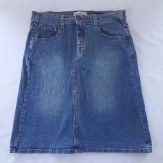 Levi's Jeans Classic Knee Length Stretch Denim Skirt Womens Misses 10 Distressed #Levis #levistrauss #denim #skirt #aline #stretch #10 #womens #misses