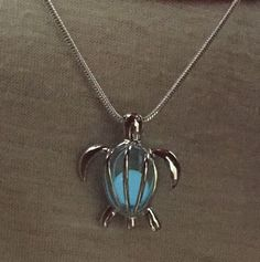 Sea Turtle Glowing Stone Pendant – Animal Planet Jewelry