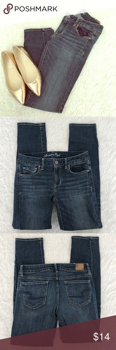 American Eagle Jeans Skinny Stretch Distressed 8S Smoke Free Home! American Eagle Outfitters Jeans Skinny