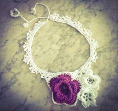 Collar flores croche