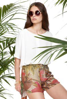 Ein toller Look für heiße Sommertage mit #Shirt und #Short