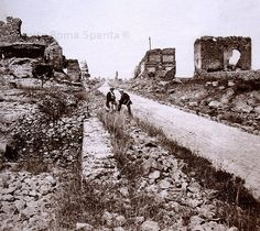v illa dei quintili 1870 Appian Way, Railroad Tracks, Monument Valley, Rome, To Go, Places, Nature, Antique, Travel
