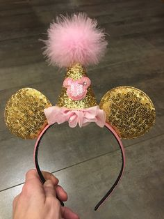 minnie mouse ears birthday party hat pink and gold hard headband, quick shipping minnie mouse birthday headband, Minie Mouse Party, Minnie Mouse Rosa, Minnie Mouse Theme, Pink Minnie, Minnie Mouse Headband, Mickey Mouse Ears Headband, Glitter First Birthday, Minnie Mouse First Birthday, Mickey Birthday