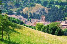 Esanatoglia: medieval village in the Verdicchio di Matelica Area