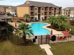 Republic Woodlake Apartments - San Antonio, TX