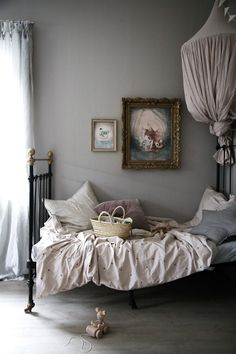 Julie's Vintage Bedroom - Petite Size but Huge Style - Swedish style with several vintage pieces and furniture, greys, cool shades, linen bedlinens. bedroom Julie's Vintage Bedroom - Petite Size but Huge Style Dream Bedroom, Home Decor Bedroom, Bedroom Furniture, Furniture Dolly, Minimalist Room, Teen Girl Bedrooms, Bedroom Vintage, Bedroom Colors, Beautiful Bedrooms