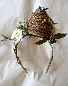 Items similar to Beehive Headpiece headband Easter bonnet / Hat on Etsy This whimsical headpiece is fun for any spring or summer time accession. It is hand made to order. Please specify if this is for a child or an adult. Fascinator Wedding, Fascinator Headband, Boho Headband, Wide Headband, Wedding Hats, Headbands, Crazy Hat Day, Crazy Hats, Rebecca Minkoff