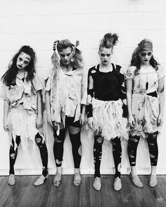 Group Halloween Costume Ideas For Kids & Girls 2018 4 People Halloween Costumes, Cute Group Halloween Costumes, Halloween Kostüm, Group Costumes, Diy Zombie Clothes, Girl Zombie Costume, Cute Zombie, Creative, Costume Ideas