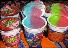 90's Foods - How 90's are you? I miss all of these, why dont they make theseee???!!?!