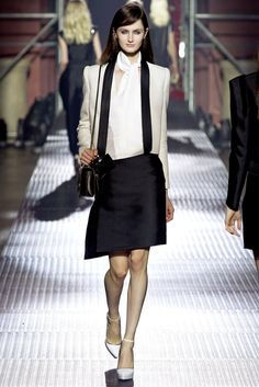 Lanvin Spring 2013 Ready-to-Wear Fashion Show - Kristen McMenamy