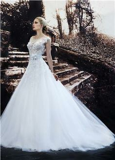 bridal dress by Constantino #wedding #gamos #νυφικά